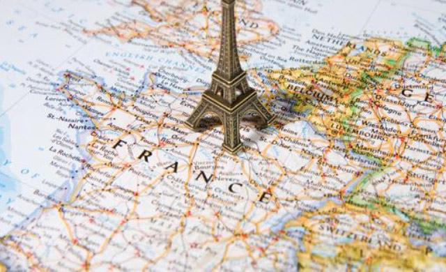 Pháp có 12 múi giờ