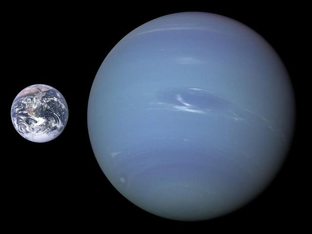 kích thước sao Hải Vương