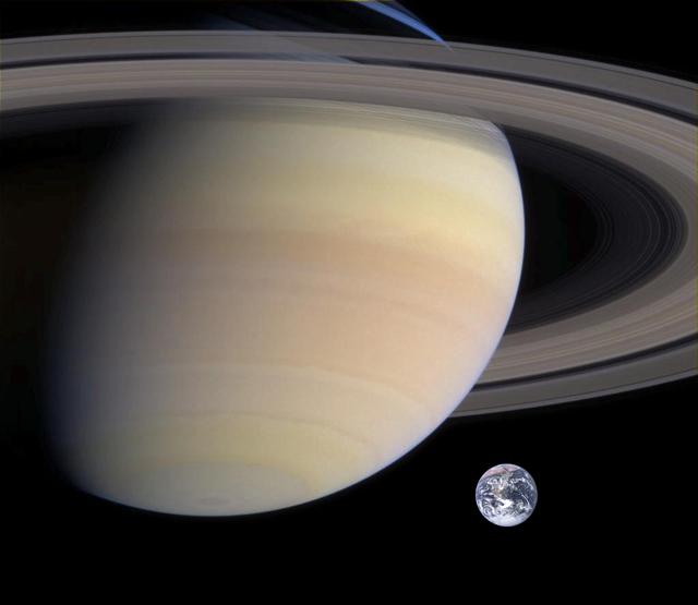 Sao Thổ lớn hơn Trái Đất bao nhiêu lần