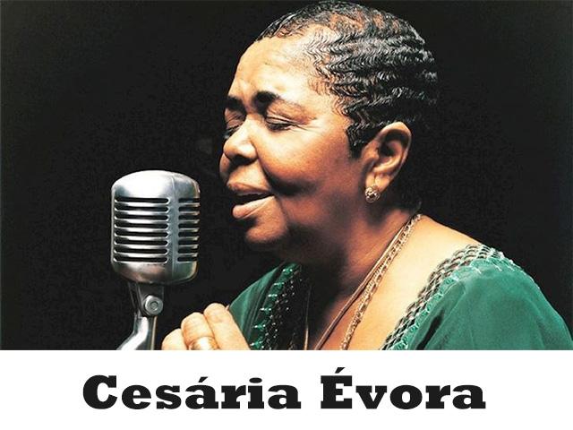Cesária Évora được mệnh danh là nữ hoàng của thể loại nhạc Morna huyền thoại