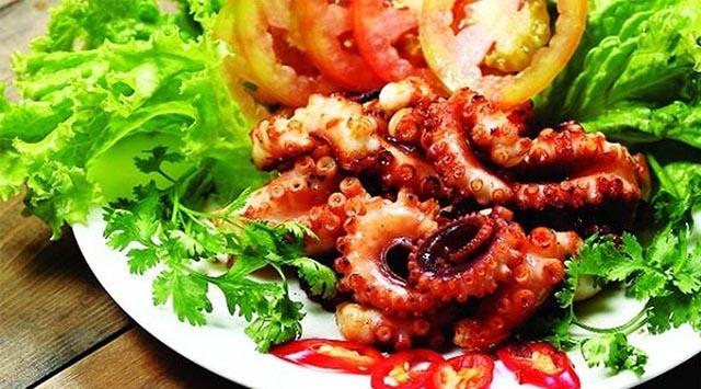 những món ăn làm từ bạch tuộc