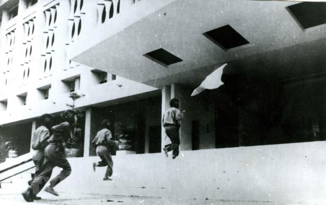 Giải phóng miền Nam 30-4-1975