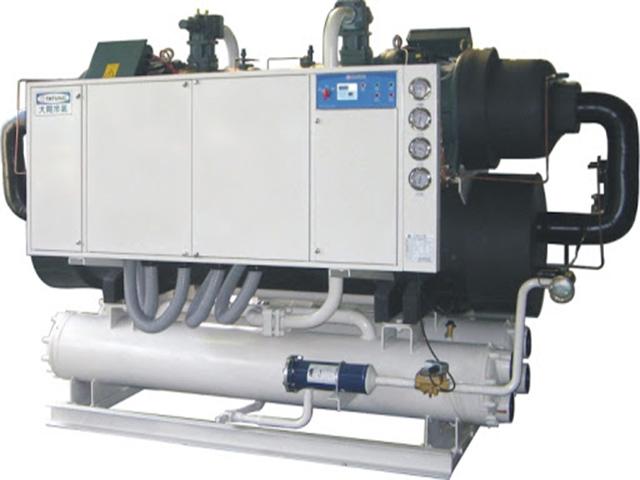 Tổng quan khái niệm máy làm lạnh nước chiller là gì?
