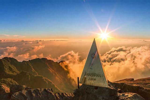 Tham quan đỉnh núi Fansipan