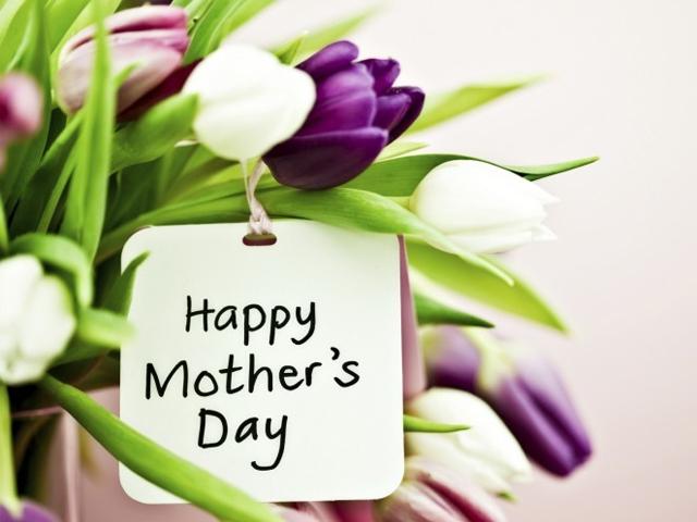 Gợi ý những món quà lý tưởng cho ngày của mẹ